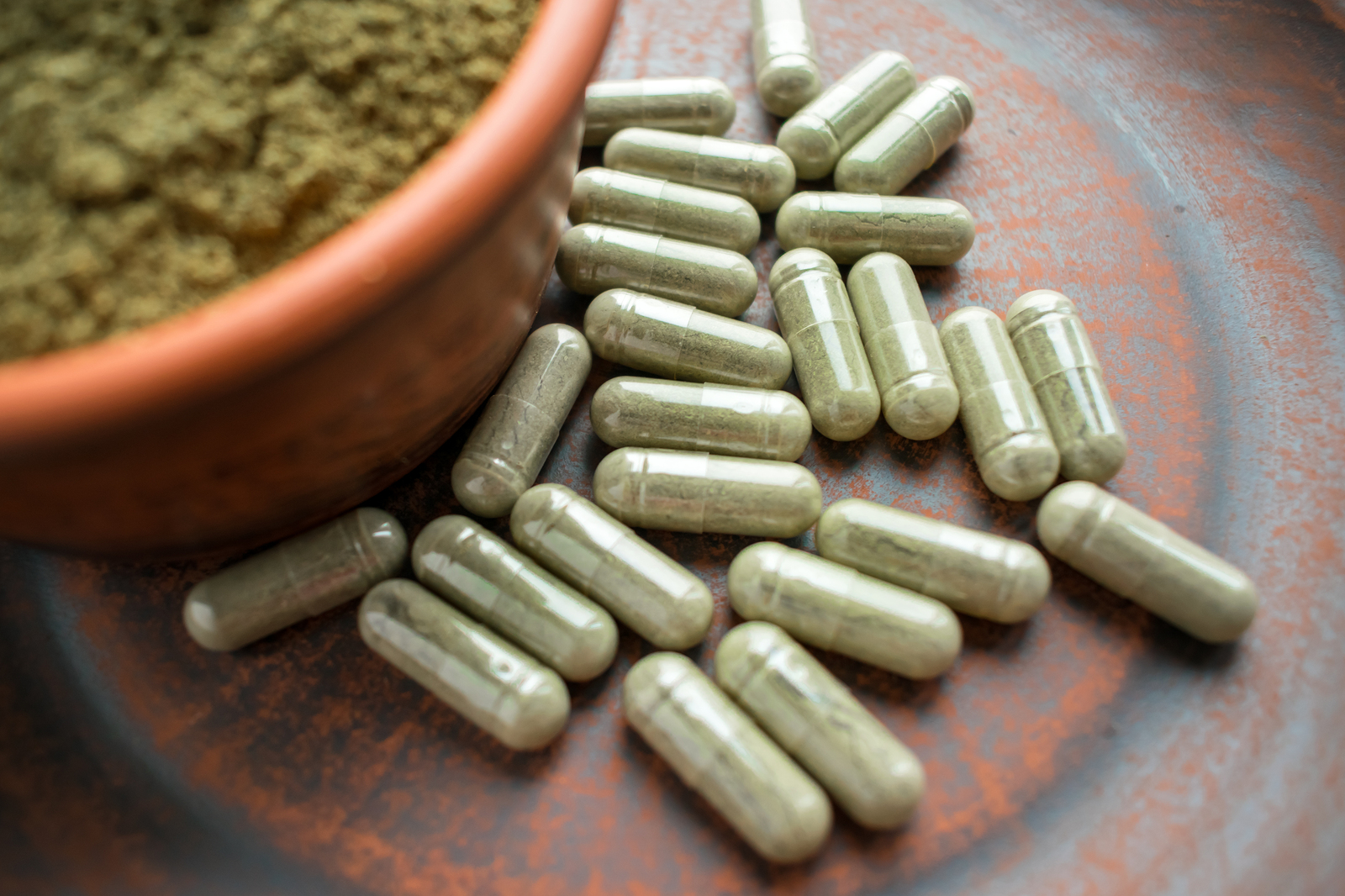 What Are Kratom Legal Highs Effects?